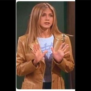 Jenifer Anistons tan leather coat from Friends.